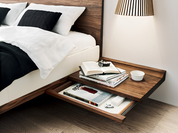d tail chevet. Black Bedroom Furniture Sets. Home Design Ideas