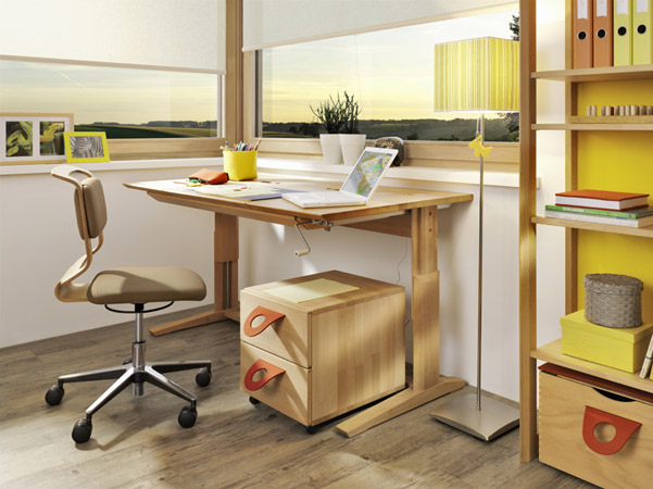 Bureau enfant volutif meubles lagrange for Mobilier bureau evolutif